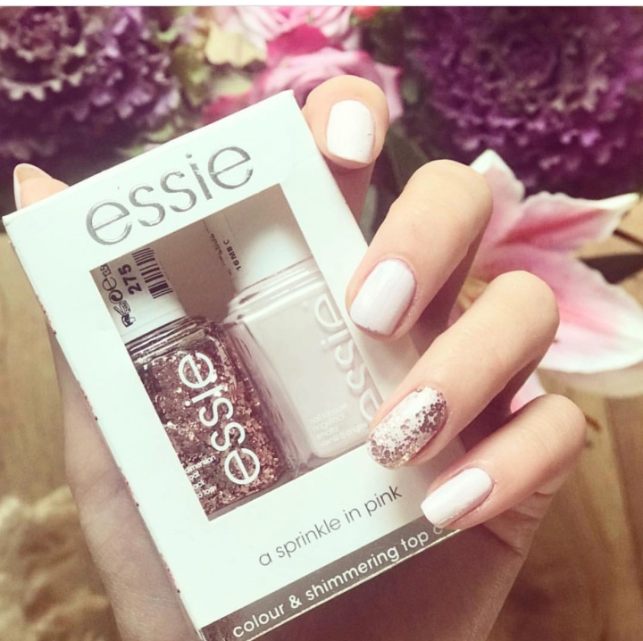 Esssie A Sprinkle in Pink